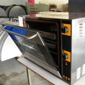 Four 230 volts 3 niveaux inox