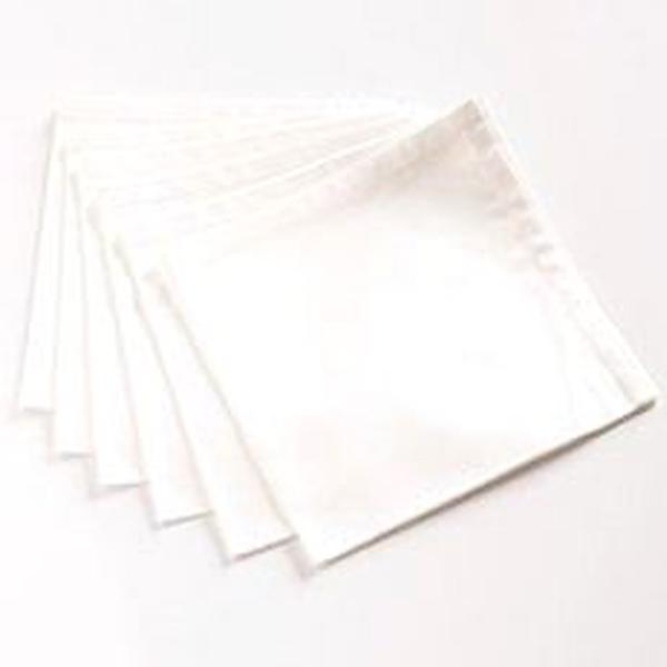 Serviette en tissu blanche